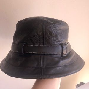 *New*Coach Leather bucket hat